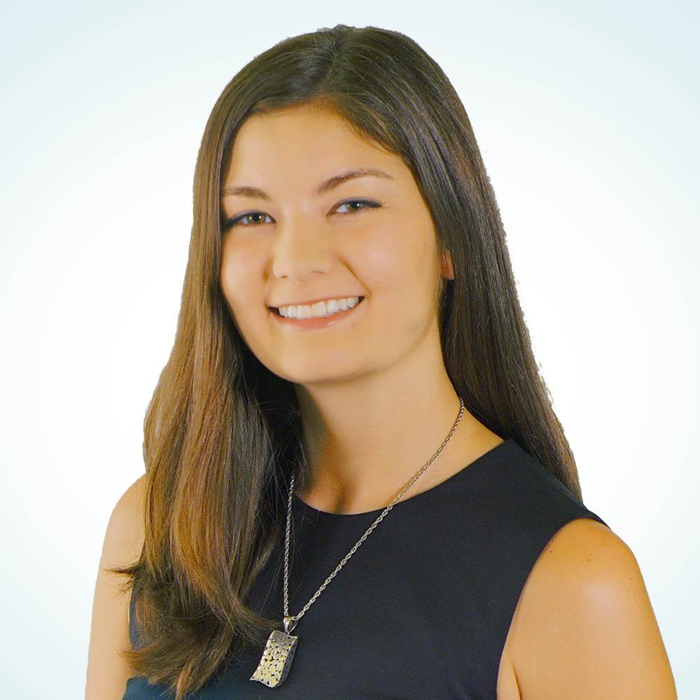 Victoria Garabedian Headshot