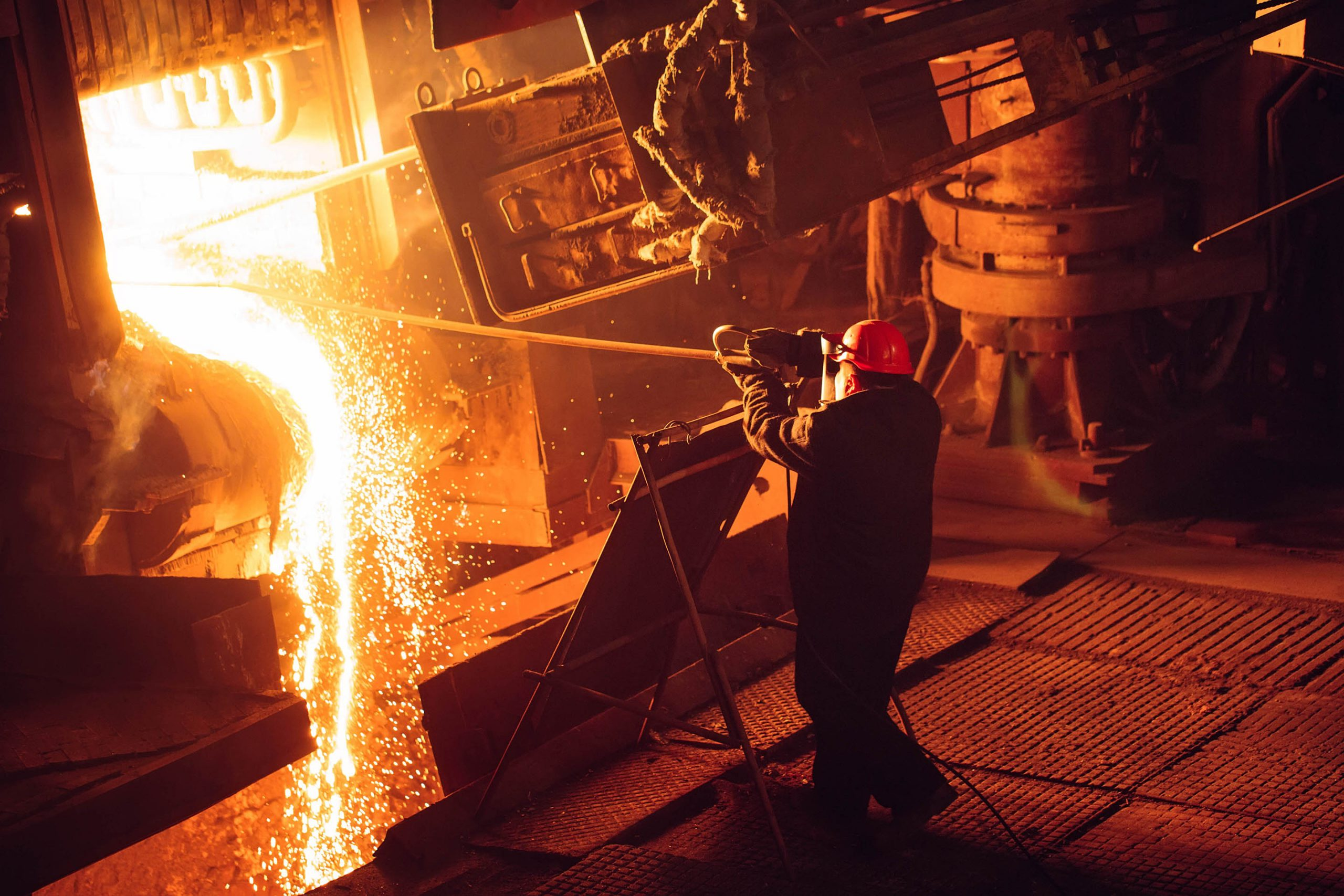 Person using FORGE Steel